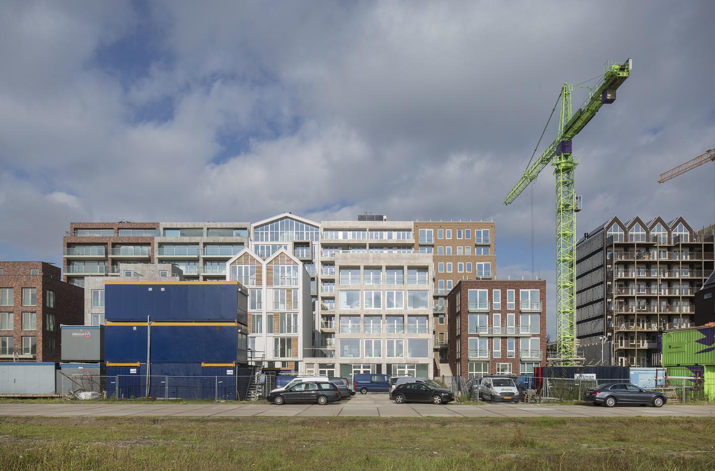 Atelier PUUUR BLOK straatbeeld Houthaven Amsterdam CO zelfbouw