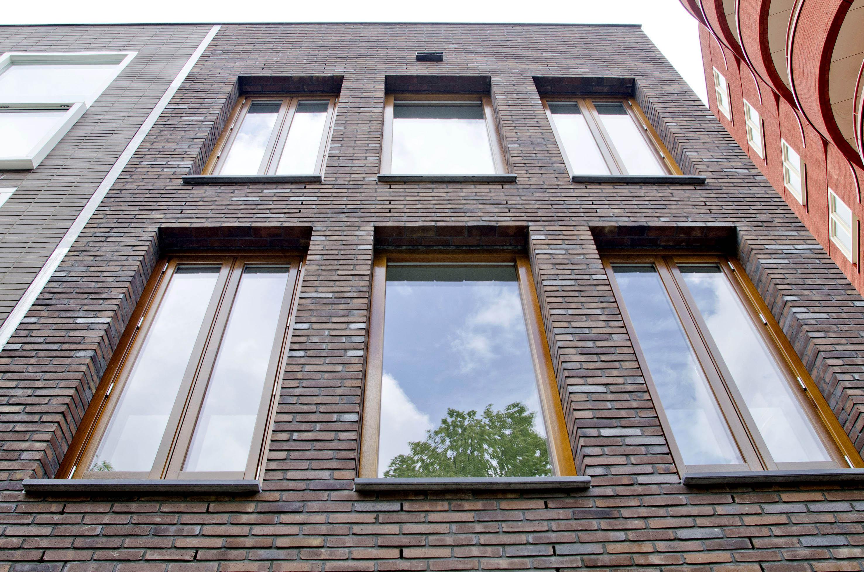 Kavel 9 van Tijenbuurt Getijenveld Atelier PUUUR zelfbouw particulier Opdrachtgeverschap Amsterdam West herenhuis metselwerk geveldetail