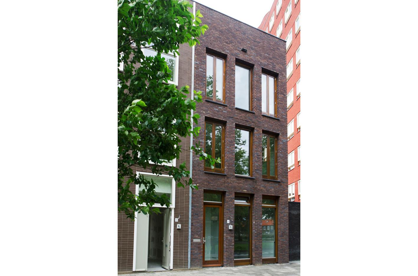 Kavel 9 van Tijenbuurt Getijenveld Atelier PUUUR zelfbouw particulier Opdrachtgeverschap Amsterdam West herenhuis metselwerk voorgevel